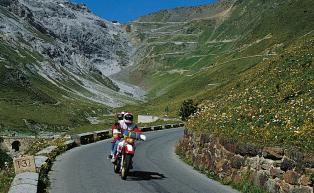 Motorbike tour of the Stilfser Joch