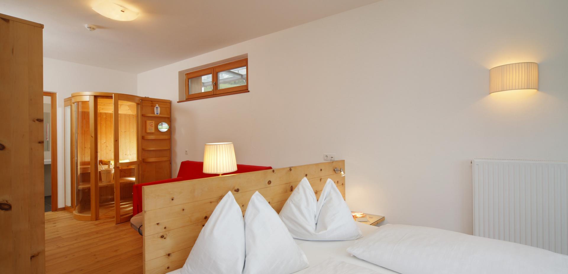 Hotel mit halbpension in st walburg im urigen ultental for Designhotel ultental