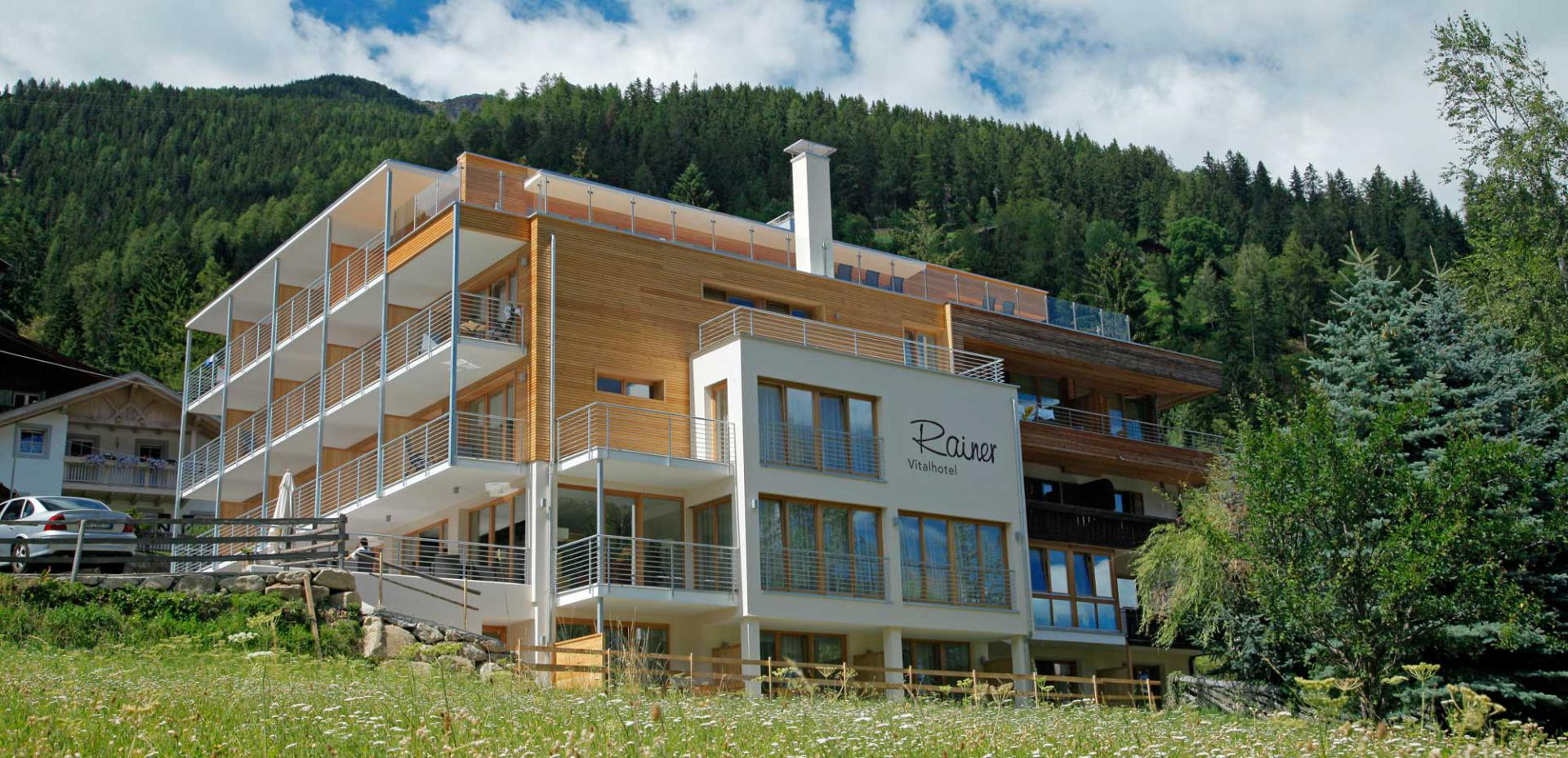 Vital-Hotel Rainer in St. Walburg im Ultental