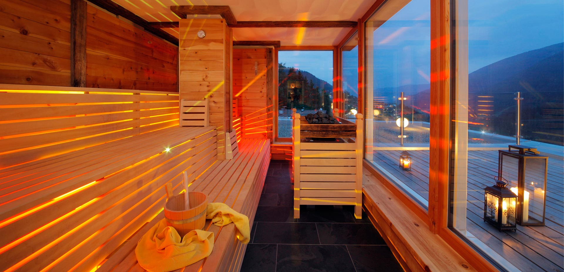 Finnish sauna with panoramic view of Ultental