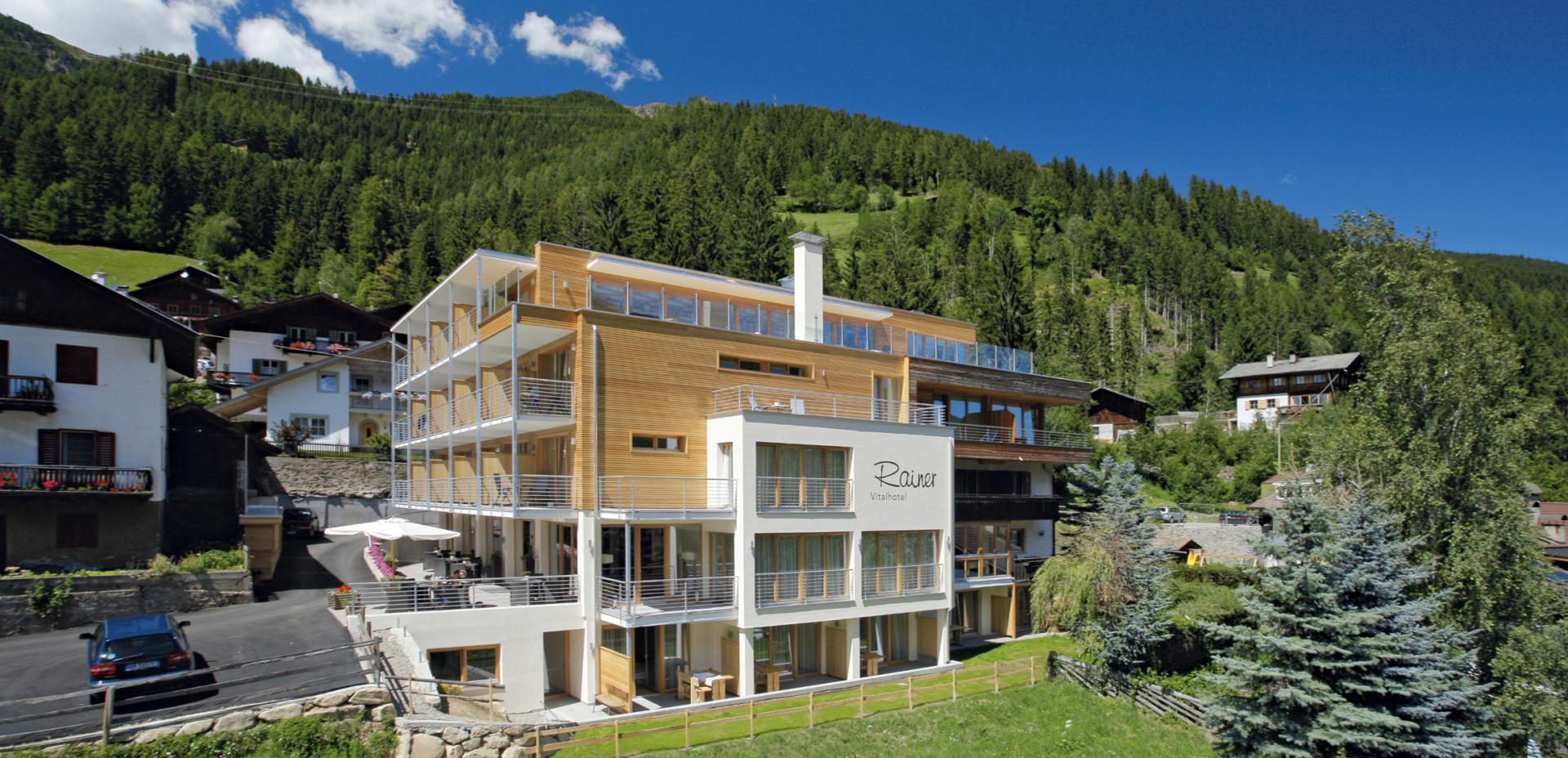 Vitalhotel Rainer in St. Walburg im Ultental